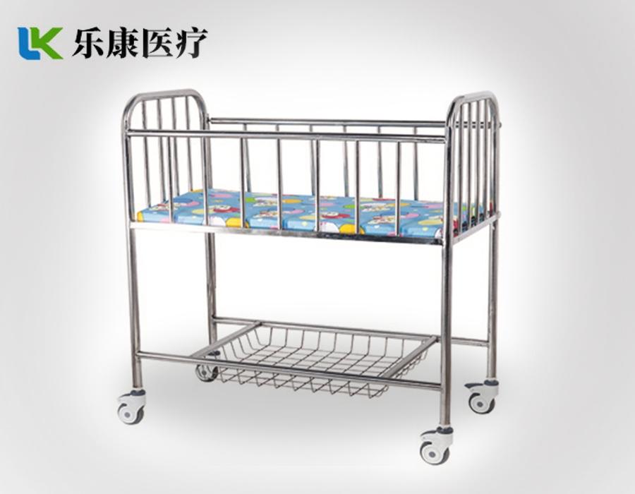 A20 不锈钢婴儿床